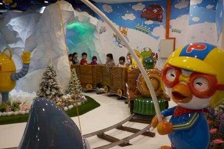 Pororo has landed in Singapore