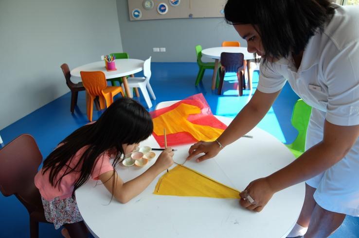 Kite Making with Lulu.