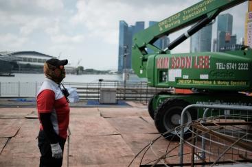 Man at work. Xpro2 + XF23mm F1.4