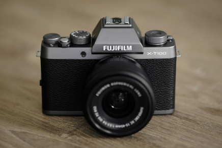 X-T100 : BUDGET POWERHOUSE